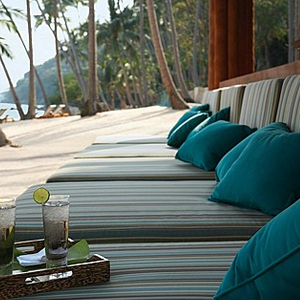 Beach Bar, Four Seasons Resort Koh Samui